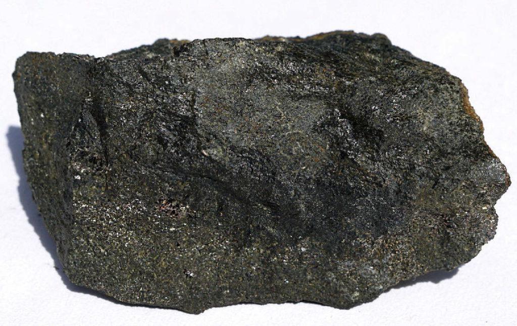 Габбро-диабаз: что это такое, каковы свойства и область применения камня?