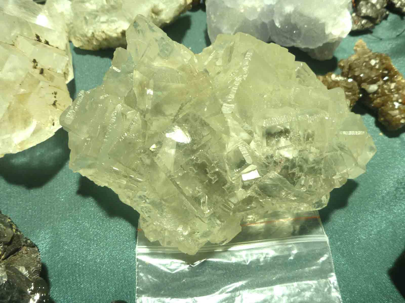 Какие камни подходят водолеям мужчинам