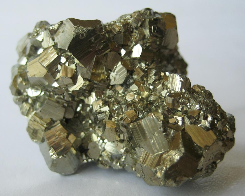 Что такое пирит камень