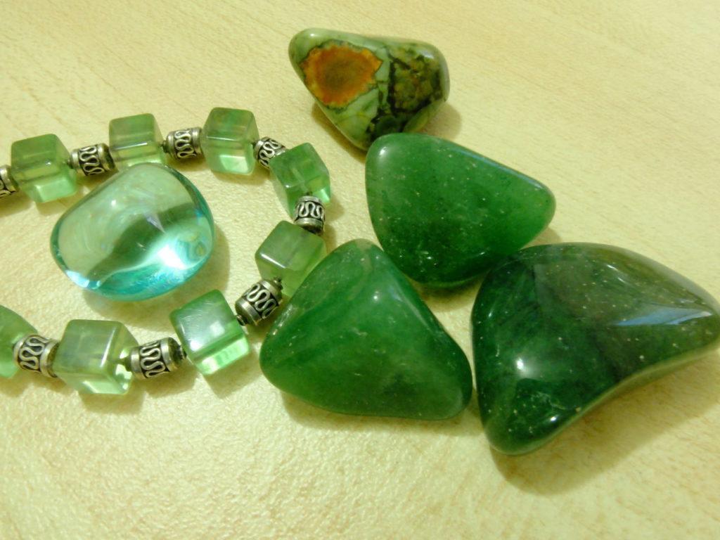 Камень жадеит - свойства лечебные магические знак зодиака